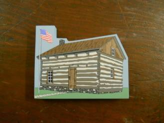 Drake Log Cabin: Wooden replica