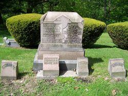tj henry grave